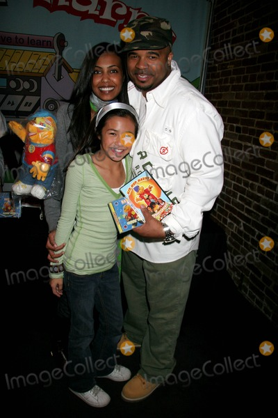 Claude Brooks Photo - Hip Hop Harrys Kids Club Cinespace Hollywood CA 12-02-2006 Gelila Asres and Claude Brooks - Producers Photo Clinton H Wallace-photomundo-Globe Photos Inc