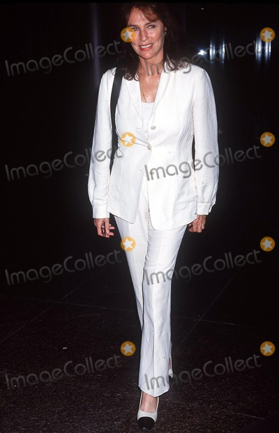 Jacqueline Bisset Photo - Lakeboat Premiere Directors Guild West Hollywood CA 092401 Photo by Ed GellerGlobe Photos Inc 2001 Jacqueline Bissett