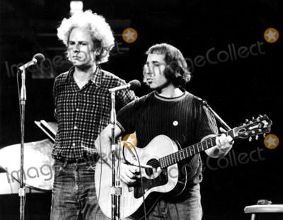 Art Garfunkel Photo - Paul Simon_art Garfunkel Globe Photosinc