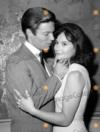 Richard Chamberlain Photo - Richard Chamberlain and Diane Baker in Dr Kildaire Photo by Globe Photos Inc Tv Still