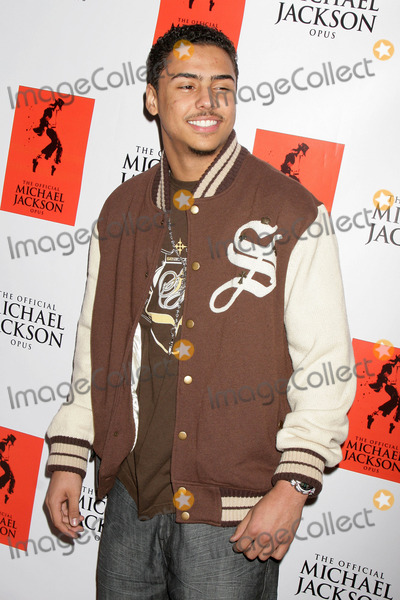 Al B Sure Photo - the Official Michael Jackson Opus Publication and Unveiling Reception the Luxe Hotel Bel-air CA 120809 Quincy Brown - Son of Musician AL Bsure Photo Clinton H Wallace-photomundo-Globe Photos Inc