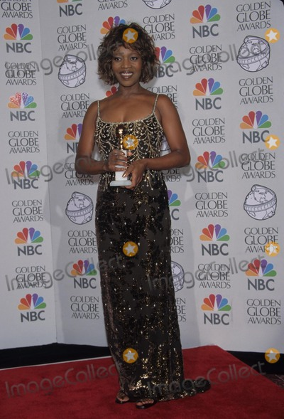 Alfre Woodard Photo - Alfre Woodard at 55th Golden Globes Beverly Hills Ca 1998 K11105fb Photo by Fitzroy Barrett-Globe Photos Inc