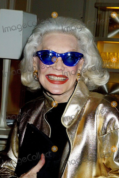 Ann Slater Photo - Dolce  Gabbanas Book Party For Their Book Hollywood Bergdorf Goodman New York City Photo Sonia Moskowitz  Globe Photos Inc 2003 10292003 Ann Slater