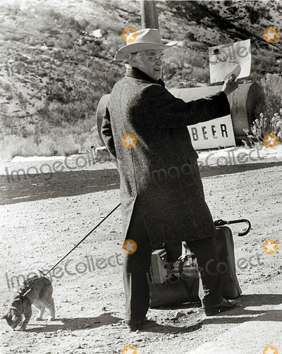 Art Carney Photo - Art Carney Harry and Tonto Movie Still Supplied by Globe Photos Inc Artcarneytretro