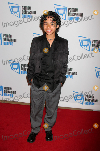 Noah Gray-Cabey Photo - the 9th Annual Family Television Awards Sponsored by the Family Friendly Programming Forum Beverly Hilton Hotel Beverly Hills CA 112807 Noah Gray-cabey Photo Clinton H Wallace-photomundo-Globe Photos Inc