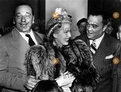 Lana Turner Photo - Wallace Beerylana Turnerj Edgar Hoover Photo Globe Photos Inc