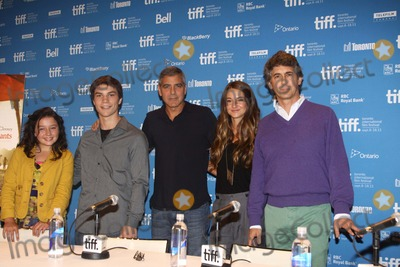 Alexander Payne Photo - Actors Amara Miller (l-r) Nick Krause George Clooney Shailene Woodley and director Alexander Payne attend the press conference of The Descendats at the Toronto International Film Festival TIFF at Bell Lightbox in Toronto Canada on 10 September 2011 Photo Alec Michael