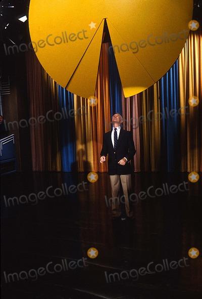 Johnny Carson Photo - Johnny Carson 1982 12255 Photo by Allan S Adler-ipol-Globe Photos Inc
