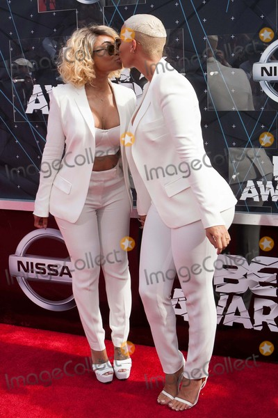 Blac Chyna Photo - Blac Chyna Amber Rose Attend the Bet Awards on June 28th-2015 at the Microsoft Theaterlos AngelescaliforniausaphotoleopoldGlobephotos