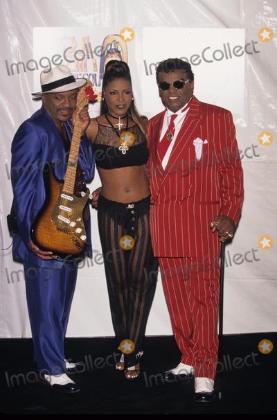 Ernie Isley Photo - Ernie Isley with Angela Winbush and Ronald Isley 1996 Soul Train Lady of Soul Awards in Ca Photo by Fitzroy Barrett-Globe Photos Inc