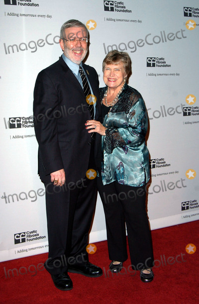 Alfred Hitchcock Photo - Leonard Maltin and Alice Maltin during the Cystic Fibrosis Foundations Los Angeles Chapter inaugural ALFRED HITCHCOCK LEGACY TRIBUTE GALA  held at Globe Theater at Universal Studios on November 8 2009 in Los AngelesPhoto Jenny Bierlich - Globe Photos Inc 2009K63764JB