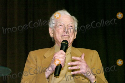 Sidney Sheldon Photo - Sidney Sheldons 88th Birthday Party at the Camelot Theater in Palm Springs CA 2-10-2005 Photo Byned Redway-Globe Photos Inc 2005