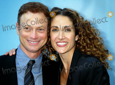 Gary Sinise Photo - 2004-2005 Cbs Upfront Party at Tavern on the Green  New York City 05192004 Photo by Sonia MoskowitzGlobe Photosinc Gary Sinise_kanakaredes