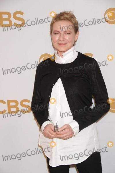 Dianne Wiest Photo - Dianne Wiest Life in Pieces at Cbs Upfront at Lincoln Center 5-13-2015 John BarrettGlobe Photos