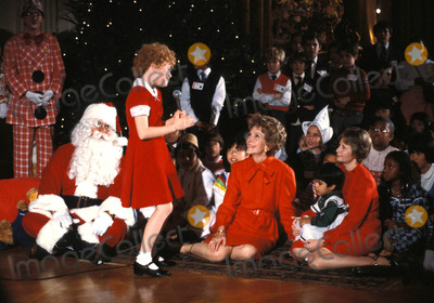 Aileen Quinn Photo - Nancy Reagan_aileen Quinn Globe Photosinc Nancyreaganretro