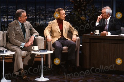 Johnny Carson Photo - Johnny Carson with Dick Cavett at the Tonight Show 1982 12350 Photo by Allan S Adler-ipol-Globe Photos Inc