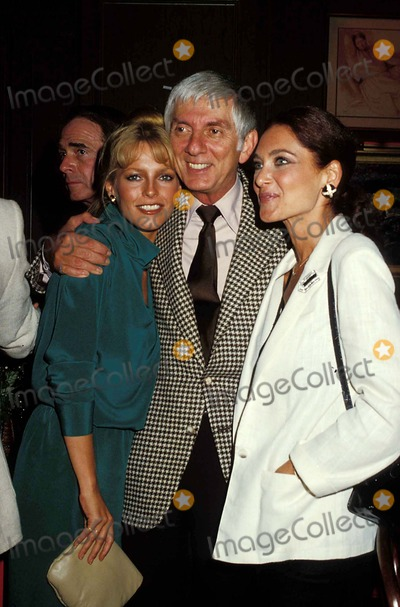 Aaron Spelling Photo - Cheryl Ladd Aaron Spelling and Suzanne Pleshette Phil Roach-ipol-Globe Photos Inc