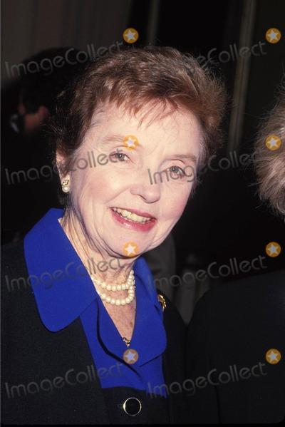 Jane Wyatt Photo - Janewyattretro L4424 1992 Jane Wyatt Photo by Lisa Rose-Globe Photos