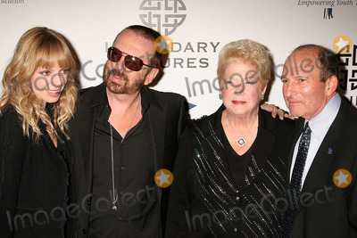 Anoushka Fisz Photo - I13818CHWFULFILLMENT FUND  PRESENTS THE ANNUAL STARS 2008 BENEFIT GALA BEVERLY HILTON HOTEL  BEVERLY HILLS CA  101308DAVE STEWART AND ANOUSHKA FISZ WITH DR GARY AND CHERNA GITNICK - FULFILLMENT FUND FOUNDERS  PHOTO CLINTON H WALLACE-PHOTOMUNDO-GLOBE PHOTOS INC