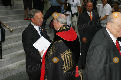 Mayor Bloomberg Photo - Funeral Service For Brooke Astor at St Thomas Church on Fifth Avenue and 53rd Street on 08-17-2007 Photo by William Regan- Globephotos Inc 2007 Mayor Bloomberg