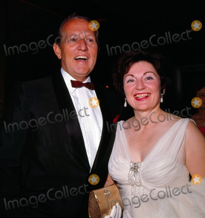 Art Linkletter Photo - Art Linkletter with Wife Lois Foerster Photo by Nate Cutler-Globe Photos Inc Artlinkletterretro