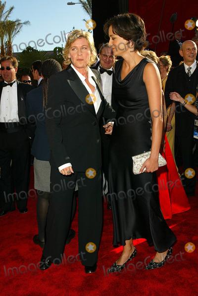 Alexandra Hedison Photo - Ellen Degeneres and Alexandra Hedison 54th Annual Emmy Awards Shrine Auditorium Los Angeles CA Sept 22 2002 Photo by Fitzroy BarrettGlobe Photos Inc 2002