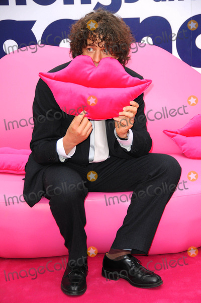 Alan Davies Photo - Alan Davies  Angus Thongs and Perfect Snogging  Premiere Arrivals at Empire Leicester Square in London 07-16-2008 Photo by Henry Davenport-richfoto-Globe Photos Inc