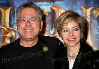 Alan Menken Photo - Enchanted -Special Screening in Celebration of Enchanted Being Made in New York Ziegfeld Theater NYC November 19 07 Photos by Sonia Moskowitz Globe Photos Inc 2007 Alan Menken and Wife Janis