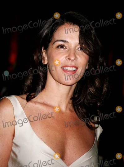 Annabella Sciorra Photo - the 2006 National Board of Review of Motion Pictures Awards Gala at Cipriani  New York City 01-09-2007 Photo by Sonia Moskowitz-Globe Photosinc Annabella Sciorra
