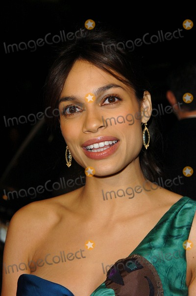 Rosario Dawson Photo - Sin City Premiere at the Mann National Theater in Westwood CA 03-28-2005 Photo by Fitzroy BarrettGlobe Photos Inc 2005 Rosario Dawson