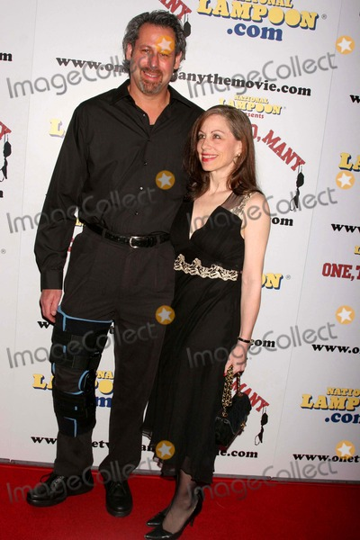 Arthur Andelson Photo - National Lampoon Presents One Two Many World Premiere Arclight Hollywood Hollywood CA 041008 Vicki Roberts and Arthur Andelson Photo Clinton H Wallace-photomundo-Globe Photos Inc