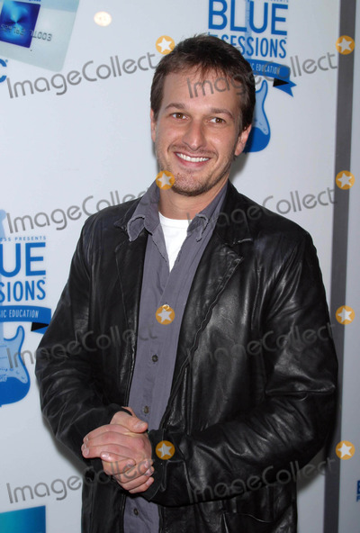 Josh Charles Photo - Blue Jam Sessions at House of Blues Sunset Strip West Hollywood California 02042004 Photo by Milan RybaGlobe Photos Inc 2004 Josh Charles