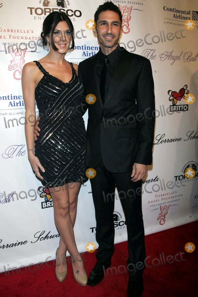 Ethan Zohn Photo - Ethan Zohn and Jenna Morasco Arrives For Gabrielles Angel Foundation For Cancer Research Angel Ball 2010 at Cipriani Wall Street in New York on October 21 2010 Photo by Sharon NeetlesGlobe Photos Inc