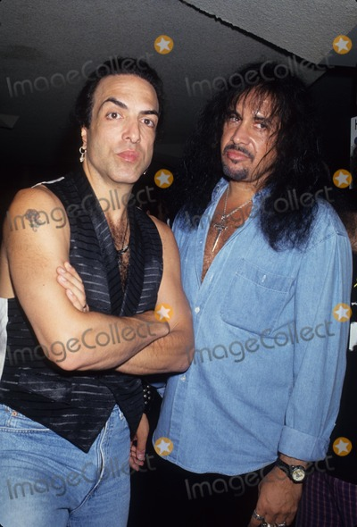 Paul Stanley Photo - Paul Stanley with Gene Simmons L6310 Photo by Lisa Rose-Globe Photos Inc