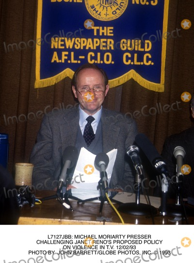 Janet Reno Photo -  Michael Moriarty Presser Challenging Janet Renos Proposed Policy on Violence in Tv 120293 Photo by John BarrettGlobe Photos Inc