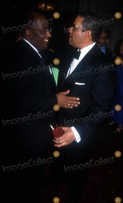 Al Roker Photo - Sports Ball 2002 Sponsored by Arthur Ashe Institute NYC 041702 Photo by John KrondesGlobe Photos Inc 2002 AL Roker and Bryant Gumbel