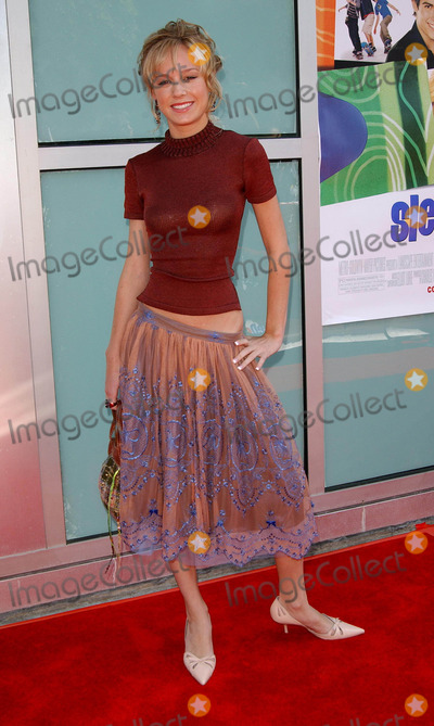 Brie Larson Photo - Sleepover Premeire at the Arclight Cinerama Dome Hollywood CA 06272004 Photo by Fitzroy BarrettGlobe Photos Inc 2004 Brie Larson
