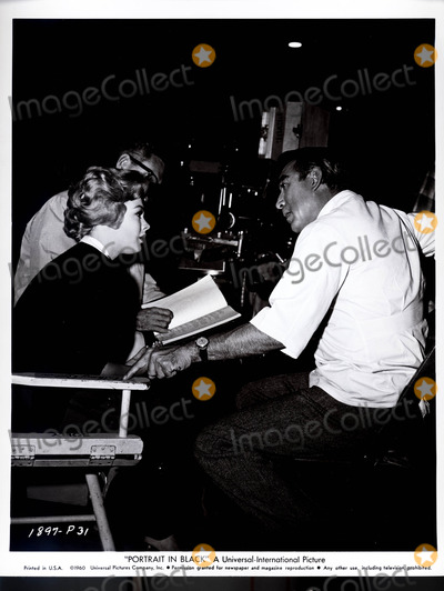 Anthony Quinn Photo - Portrait in Black Sandra Dee and Anthony Quinn Globe Photos Inc