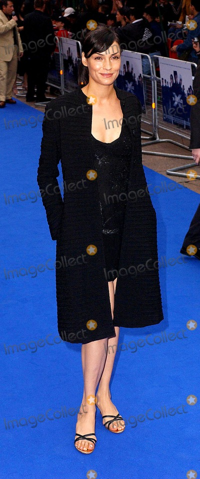 Anna Paquin Photo - Paul HennessyglobelinkukGlobe Photos Inc K30194 04242003 Famke Janssen X Men 2 - Uk Premiere Odeon West End London