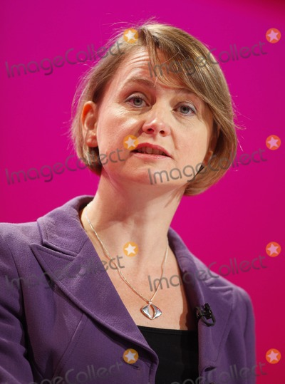 Yvette Cooper Photo - Yvette Cooper Mp Secretary of State For Work and Pensions K63328alst Addresses the Labour Party Conference 2009 at the Brighton Centre in Brighton England 09-27-2009 Photo by Dave Gadd-allstar-Globe Photos Inc