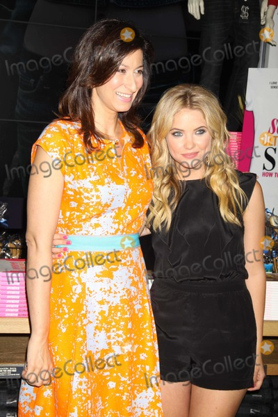 Ann Shoket Photo - Ashley Benson Ann Shoket Celebrate Back to School Seventeen S September Issue Will Be Signing Copies of Seventeen Ultimate Guide to Style at American Eagle Times Square Store 8-9-2011 Photo by John BarrettGlobe Photos Inc