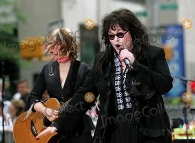 Ann Wilson Photo - Heart Performs on Nbcs Today Show Summer Concert Series at the NBC Studios in Rockefeller Center  New York City 06262004 Photo by Rick MacklerrangefinderGlobe Photosinc Heart Nancy_ann Wilson