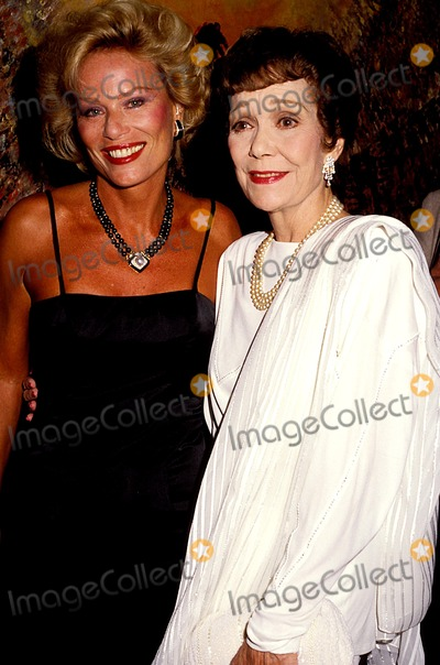Abby Dalton Photo - Abby Dalton and Jane Wyman Photo Byphil RoachipolGlobe Photos Inc 1985 Janewymanretro