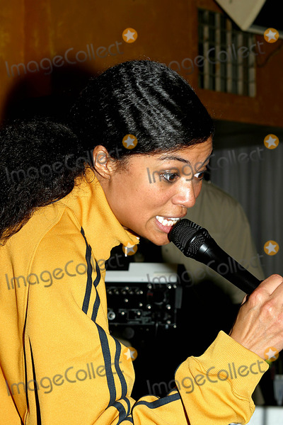 Amel Larrieux Photo - Coca Cola Nu Classic Soul Advertising Launch to Promote Three New Coca Cola Television Advertisements at Eugene in New York City 03182003 Photo by Rick MacklerrangefinderGlobe Photos Inc 2003 Amel Larrieux