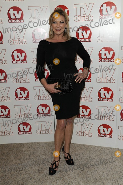 Claire King Photo - Claire King Actress 2009 Tv Quick and Tv Choice Awards at Dorchester Hotel in Park Lane  London  England 09-07-2009 Photo by Neil Tingle-allstar-Globe Photos Inc