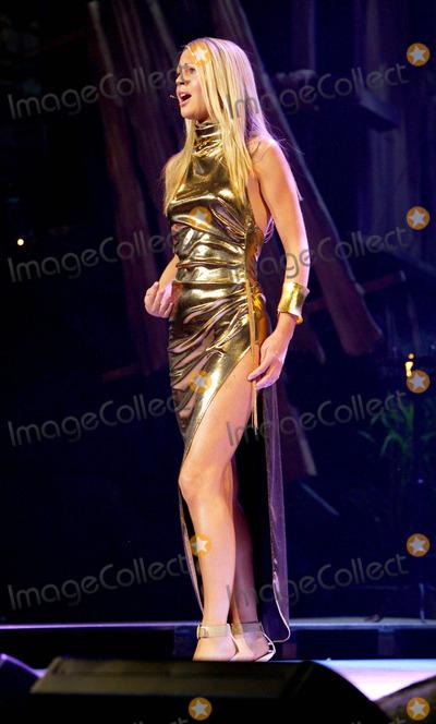 Amici Forever Photo - Jo Appleby - Amici Forever Classical Brits Awards 2004 -Royal Albert Hall London 5262004 Photo Byjohn MarshallglobelinkukGlobe Photos Inc 2004