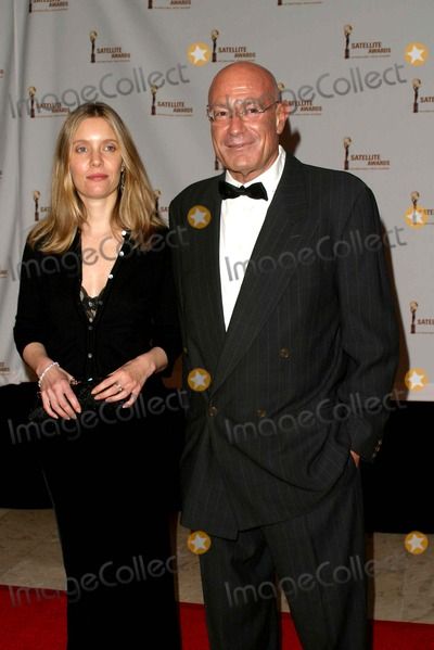 Arnon Milchan Photo - Arnon Milchan and Guest - 8th Annual International Press Academy Satellite Awards - St Regis Hotel Century City CA - 02212004 - Photo by Nina PrommerGlobe Photos Inc2004