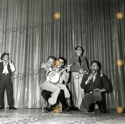 Dean Martin Photo - Frank Sinatra Kirk Douglas Milton Berledean Martin Entertain at Share Boomtown Benefit Photo Nate CutlerGlobe Photos Inc
