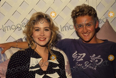 Alex Winter Photo - Christina Applegate with Alex Winter Photo by Bob V Noble-Globe Photos Inc