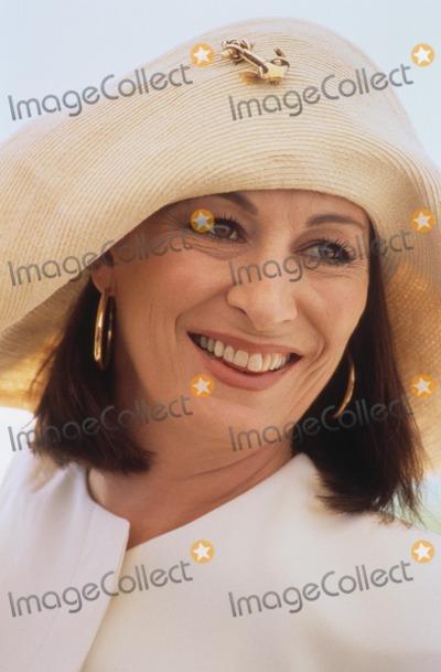 Anjelica Huston Photo - Anjelica Huston Cannes Film Festival 1996 Photo by Imapress-Globe Photos Inc